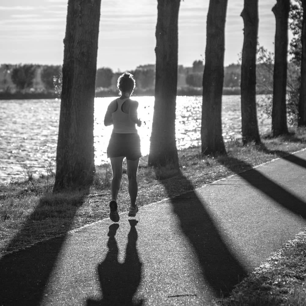 Als je in het licht loopt, laat je een schaduw achter – Marion van ...: www.vanegmondfoto.nl/als-je-in-het-licht-loopt-laat-je-een-schaduw...